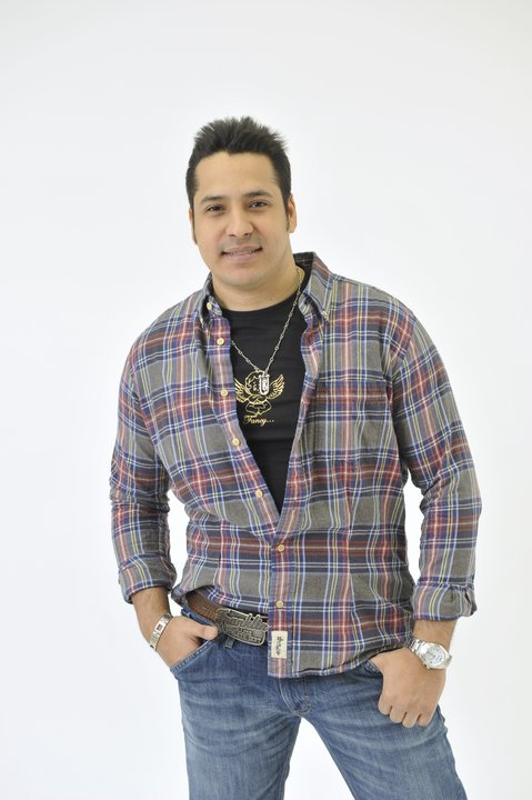 Carlos La Raza Un Amor del Bueno